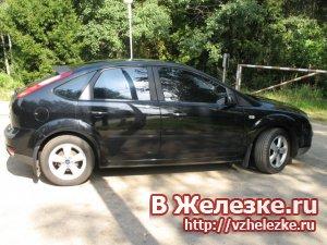 Форд Фокус 1.8 i 16V (125 Hp) 5-ти дверный хэтчбек. Цвет: черный